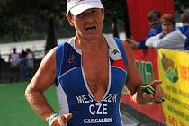 Třebíčský triatlonista Petr Mejzlík vyhrál v Bratislavě dva závody ve své kategorii.