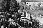 Pohřeb obětí se v Hrotovicích konal 11. května.