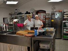 Kavárna Vrátka připravila na léto novinku pro návštěvníky třebíčské židovské čtvrti, Kavárnu v pohybu