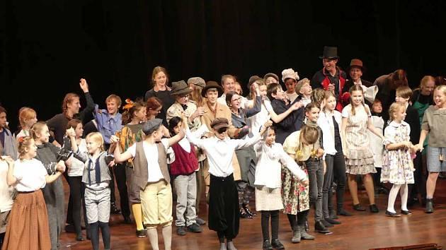 Postupimský a třebíčský sbor společně nastudovaly operu Brundibár.