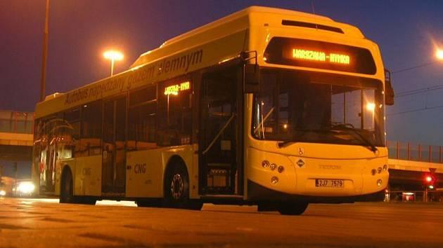 Ve Varšavě si třebíčské autobusy oblíbili.