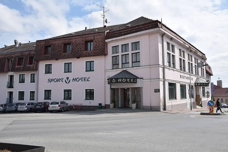 Sport V Hotel v Hrotovicích.