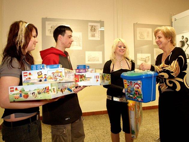 Střední škola stavební v Třebíči  uspořádala tradiční vánoční charitativní sbírku.