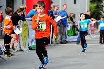 Mladí triatlonisté. Ilustrační foto.