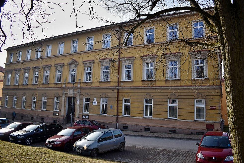 Budova Střední školy řemesel a služeb v Moravských Budějovicích v Tovačovského ulici