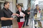Výstava vystřihovánek z časopisu ABC v třebíčském Alternátoru.