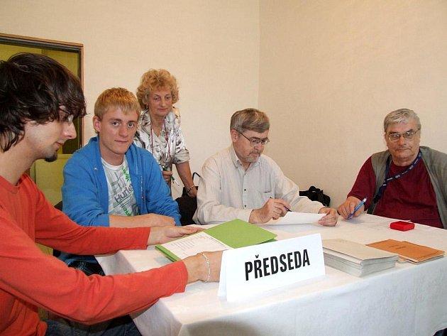 Volby v Řípově.
