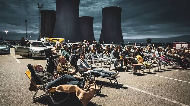 Autobiograf u dukovanské elektrárny hlásí rekord. Přijelo tisíc diváků