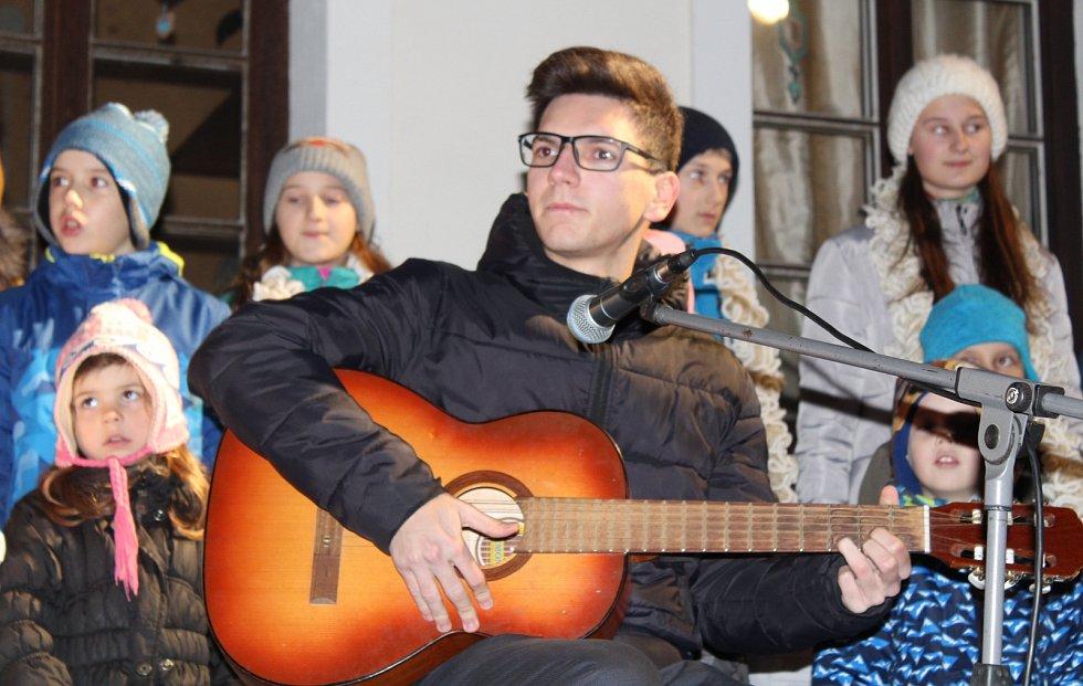 Česko zpívá koledy v Třebíči.
