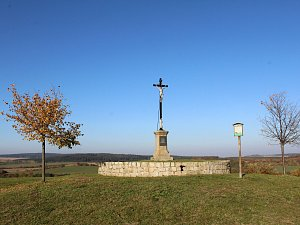Jedna z nejkrásnějších vyhlídek na Třebíčsku, Hanzalův kopeček u Čáslavic.