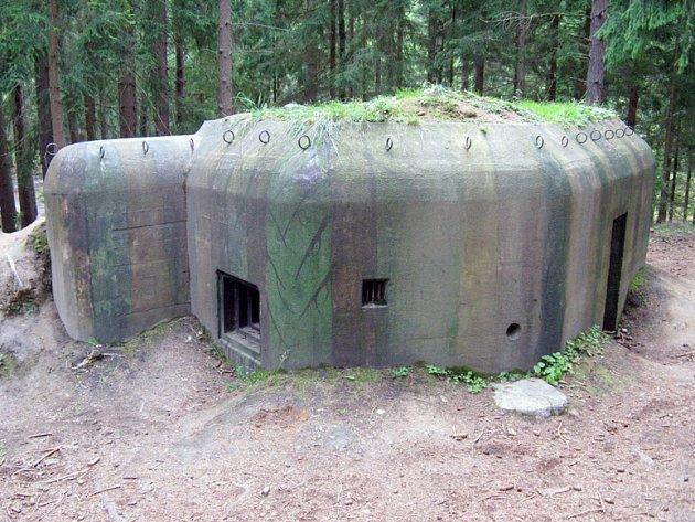 STEJNÉPEVNOSTI, které jsou k vidění například v Pevnostním areálu Slavonice, měly být umístěny i na Třebíčsku.