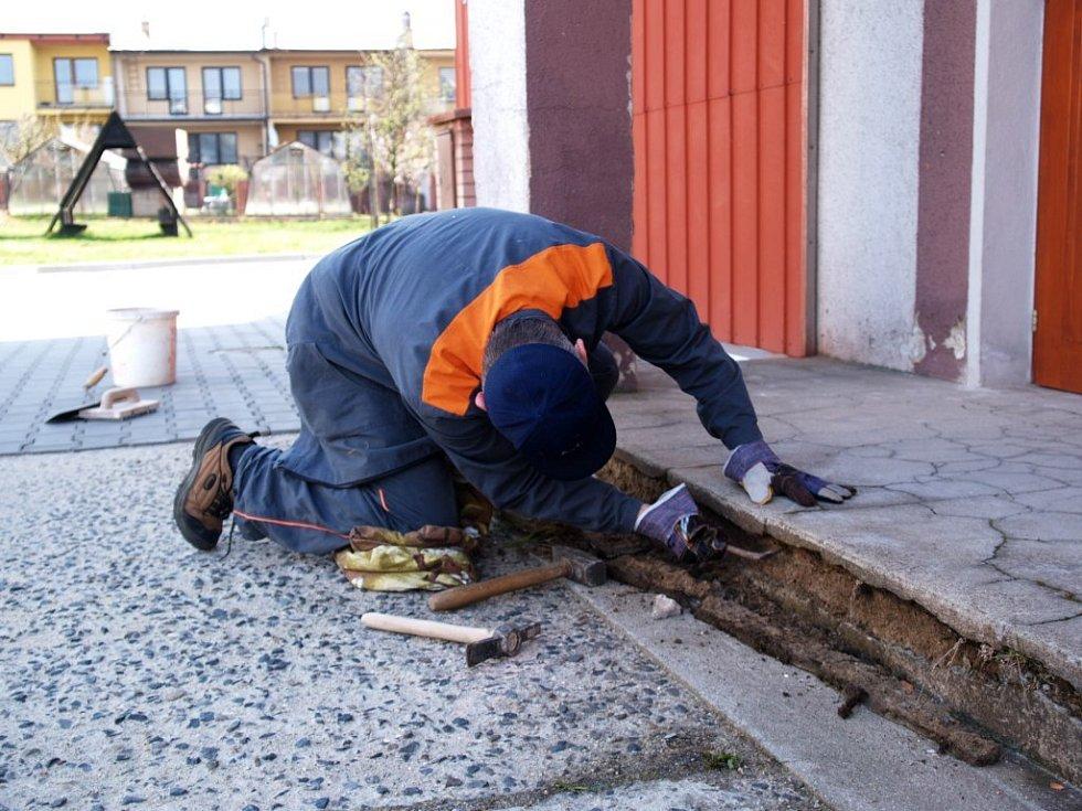Pracovníci ČEZu pomáhají čtyřem neziskovým organizacím