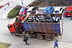 Odvoz padělků hliníkových disků kol ze skladu v Třebíči do sběrných surovin, 19. 3. 2019.
