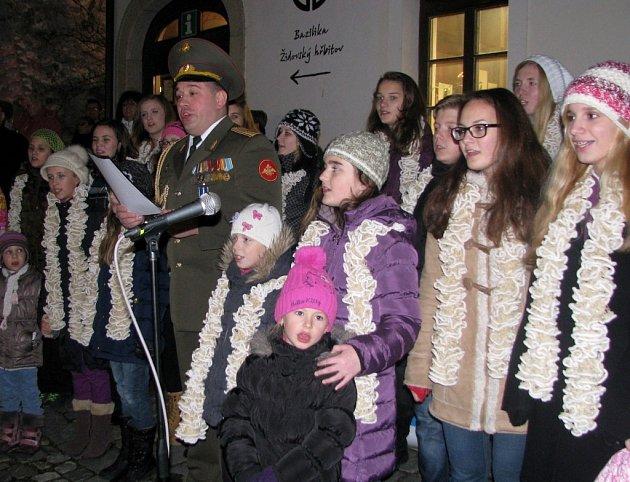 Zpívání koled v Třebíči.