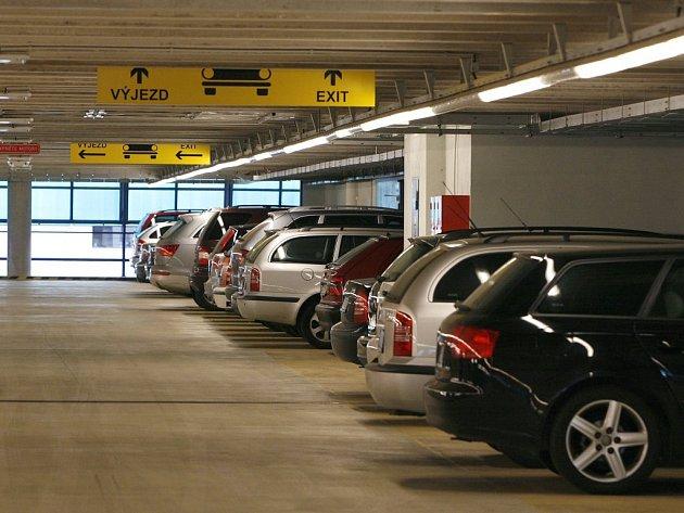 Na Vysočině se v posledních letech objevily dva plány na stavbu parkovacích domů.