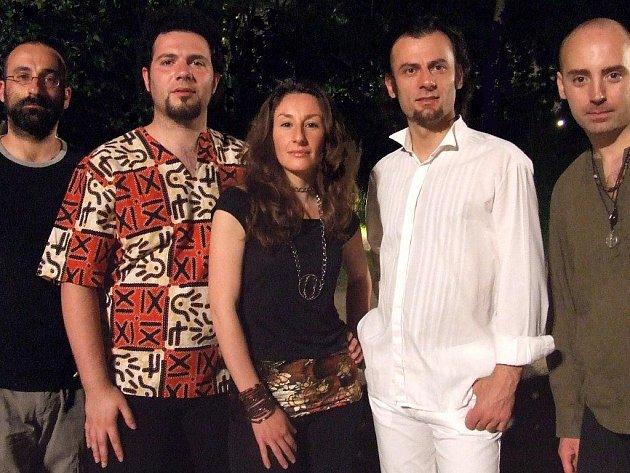 Renomovaný festival v Náměšti nad Oslavou otevírají Italové Spakka–Neapolis 55.