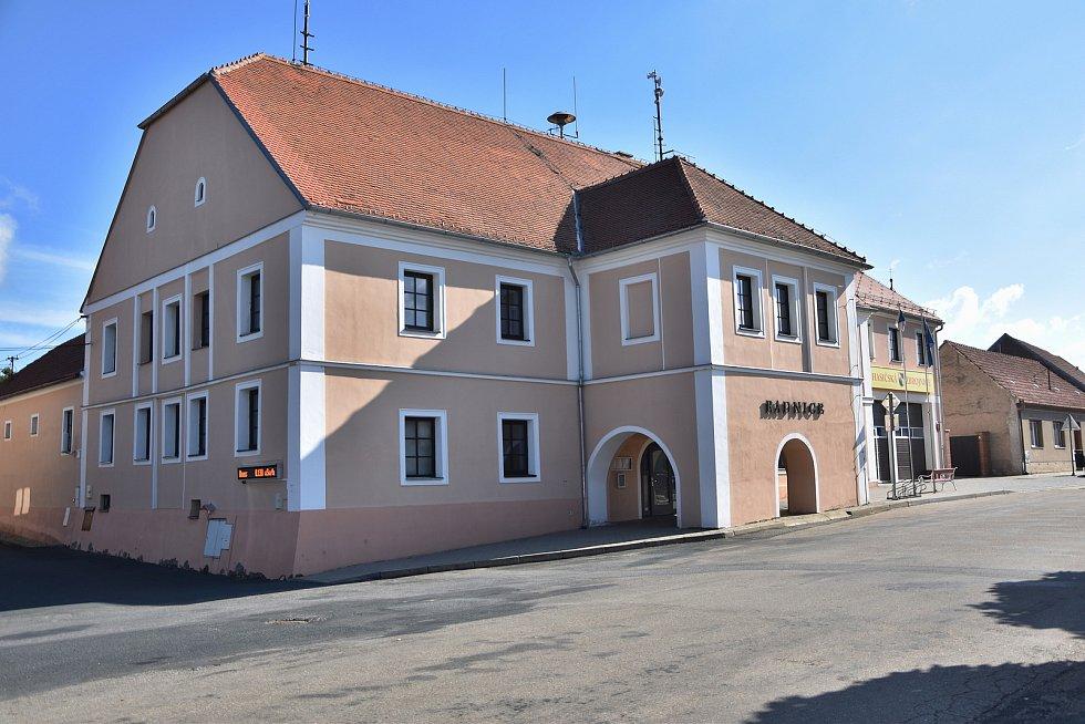 Radnice městysu Mohelno