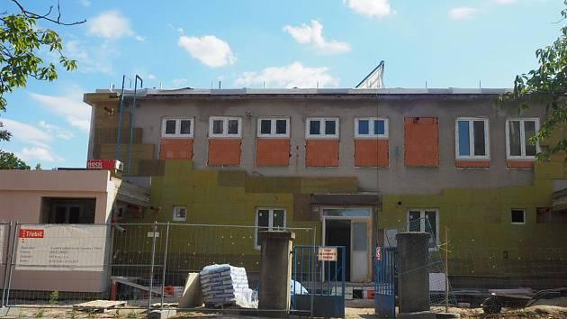 Chráněné bydlení vzniká v bývalé oční škole v Demlově ulici.