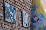 Slavnostní odhalení pamětní desky třebíčskému rodákovi a letci RAF Bedřichu Kružíkovi.