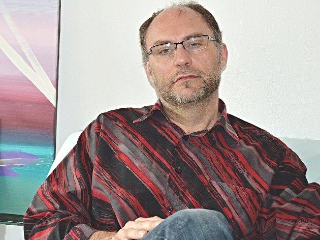 Paul Ewert.