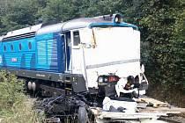 Na železničním přejezdu v Lukách nad Jihlavou se ve čtrtek krátce po poledni srazil rychlík s nákladním automobilem.