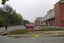Revitalizace ulice Demlova potrvá ještě nejméně do 20. listopadu.