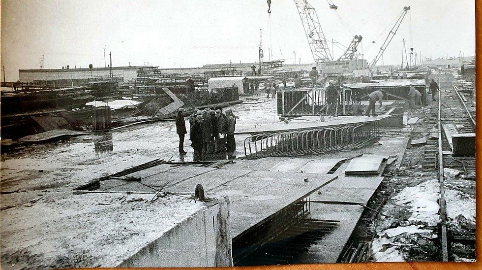 Stavba Jaderné elektrárny Dukovany na Třebíčsku. Foto: poskytl Miloš Kudera