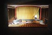 Takto kino Moravia vypadalo těsně před začátkem rekonstrukce.