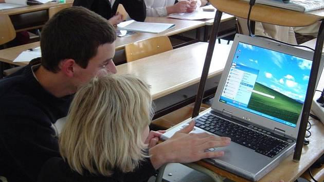 Krajské kolo středoškolské odborné činnosti (SOČ) v třebíčském gymnáziu.