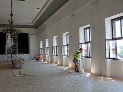 Kulturní dům Beseda v Moravských Budějovicích prochází důkladnou rekonstrukcí.