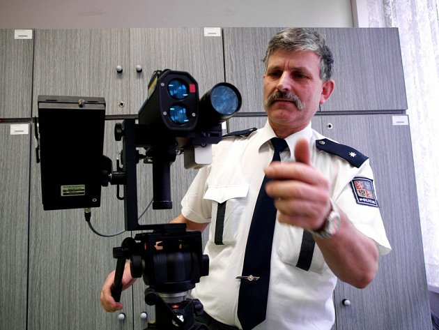 Třebíčská policie má nový laserový radar za půl milionu.