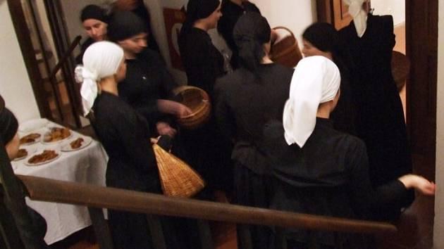 Do třebíčské Zadní synagogy se vrátil tradiční židovský Svátek světel - chanuka.