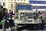 Sraz veteránů na Karlově náměstí v Třebíči.