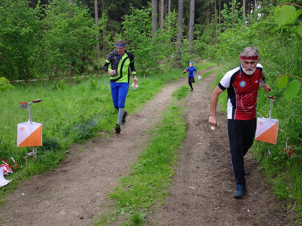 Krásné prostředí Rudíkova a okolí si v sobotu užily bezmála čtyři stovky orientačních běžců z Vysočiny i vzdálenějších míst republiky.