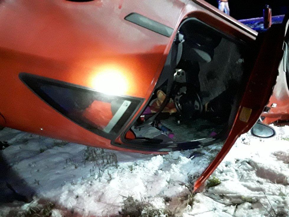 Osobní auto se ráno 21. ledna srazilo s vlakem u Budišova.