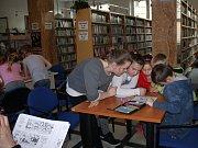 Letošní andersenovská noc byla věnována časopisu Čtyřlístek a jeho kresleným hrdinům.