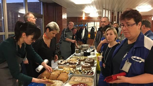 Terapeutická kavárna Pohodička z Náměště nad Oslavou nabízí snídani v Jaderné elektrárně Dukovany.