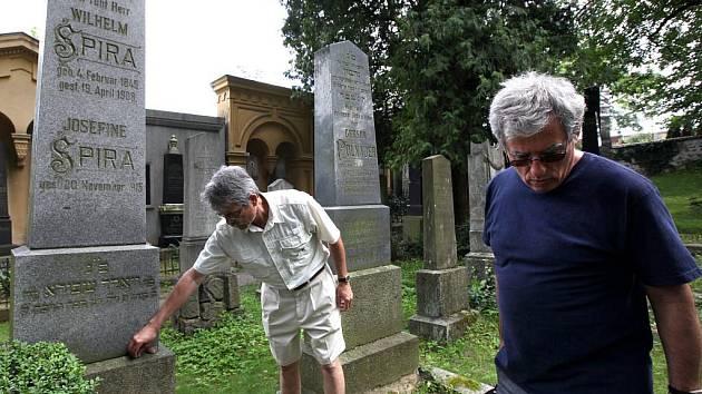Po sto letech se ve středu přijeli podívat do Třebíče potomci židovské rodiny Spirů. Členové výpravy se do města sjeli ze šesti zemí.