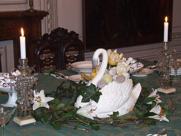 Tradiční akci Vánoce na zámku v Jaroměřicích nad Rokytnou si oblíbili dospělí i děti, prodejci i návštěvníci akce.