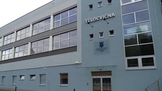 Nová tělocvična Hotelové školy v Třebíči-Borovině.