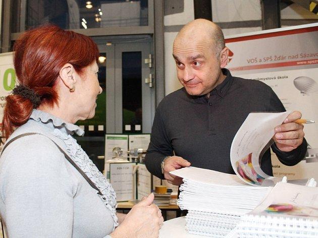 Výstava Jiřího Kucharského v Alternátoru.