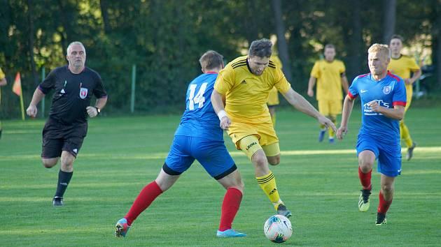 Ve druhém kole letošního ročníku 1. A třídy se fotbalisté Budišova (ve žlutém) mohli radovat ze zisku tří bodů.