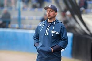 Jan Urbánek je předsedou klubu, letos se ale objevil i v pozici trenéra a hráče