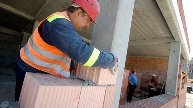 - Na Vysočině bude letos 12 obcí chystat parcely pro rodinné domy se státní podporou.