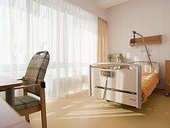 Domácí hospic sv. Zdislavy dostal darem pět polohovacích lůžek. Klienti hospice si je budou moci zapůjčit.