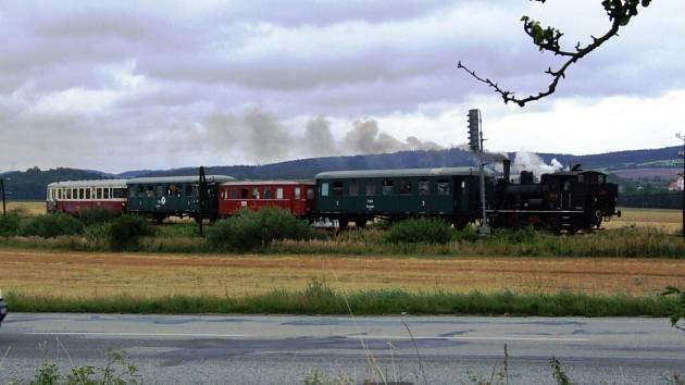 Parní vlak Kačenka