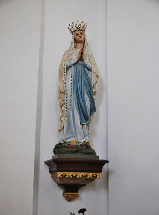 Socha Panny Marie Lurdské