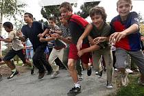 Desítky a desítky běžců vystartovaly ve čtvrtek v Tyršových sadech na Běh naděje.