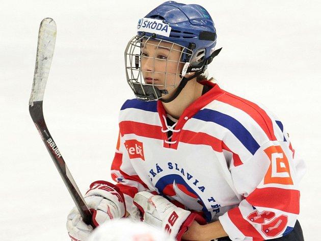 O krásku na bruslích na nějaký čas starší dorost Horácké Slavie nepřijde. Osmnáctiletá hokejistka Kristýna Pacalová se zatím rozhodla zůstat v Třebíči.
