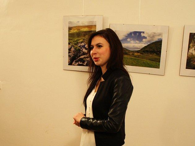 Ivana Bártíková na výstavě.
